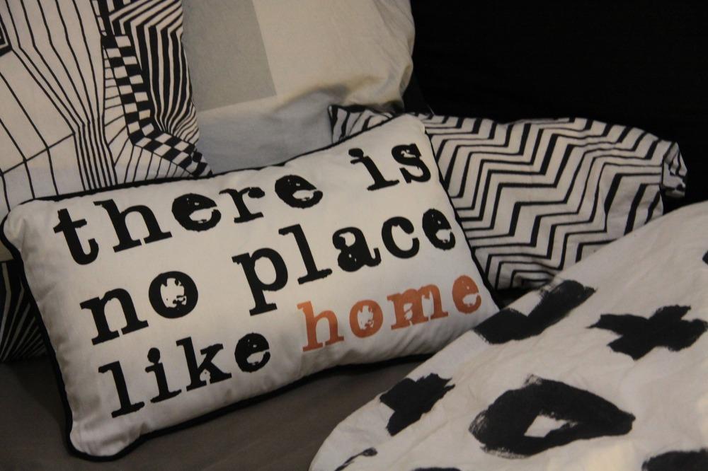 pillow-2598517_1920